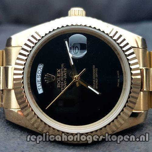 d4daddb2274 Replica Rolex Daydate 40 Goud Black Wijzerplaat (Nieuwste)